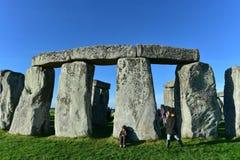 Poganie Zaznaczają jesieni równonoc przy Stonehenge Fotografia Stock