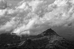 Pogoda sztormowa nad Glarus Alps od Thusis, szwajcar obraz stock