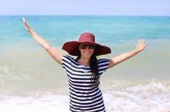 Pogodna dziewczyna w kapeluszu Obraz Royalty Free