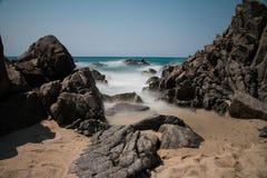 Pogodna plaża w lecie zdjęcie stock