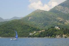 Pogodna Tivat zatoka zdjęcie royalty free
