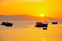 Pogodny ranek w rybiej wiosce w Binh Thuan prowinci, Wietnam Obrazy Royalty Free