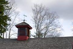 Pogodowy Vane, czerwień Zdjęcie Royalty Free