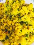 Poha Indische ontbijt en snack stock fotografie