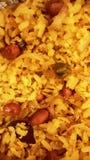 Poha w śniadaniowym maharashtrian indyjskim zdrowym śniadaniu z herbatą Obraz Stock