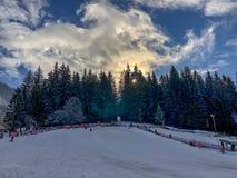Poiana brasov het ski?en sneeuw royalty-vrije stock afbeelding