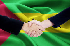 Poignée de main avec le drapeau du Sao-Tomé-et-Principe Photos libres de droits