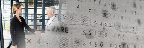 Poignée de main d'affaires par des fenêtres avec la transition futée grise de technologie image libre de droits