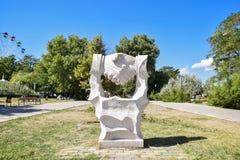 Poignée de main de sculpture Symbole de l'amitié et de la coopération Photo stock