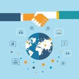 Poignée de main et icônes pour le Web sur le concept réussi d'affaires de fond de carte du monde Photo stock