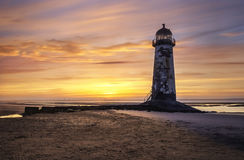 Point de phare d'Ayr sur la plage de Talacre Photographie stock libre de droits