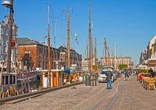 Point de repère de Copenhague, de Nyhavn et secteur célèbres de divertissement photographie stock