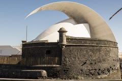 Point de repère national de Ténérife : Les Îles Canaries d'Auditorio De Ténérife Photos stock