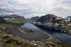 Point de vue de Dalsnibba et lac Djupvatnet en Norvège Photographie stock libre de droits