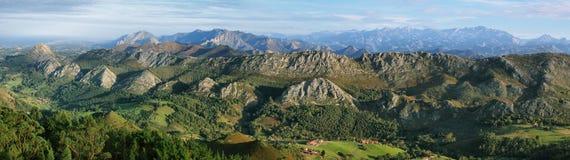 Point de vue de Fito, vue de Picos de Europa photo stock