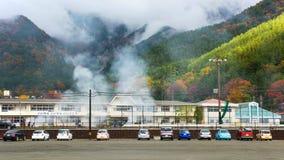 point de vue de kawaguchiko à l'arrêt d'autobus No. 21 Image stock