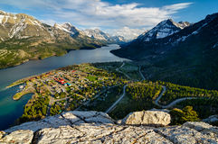Point de vue de lac Waterton Photos stock