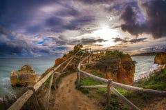 Point de vue sur le Praia DA Rocha de plage Photographie stock