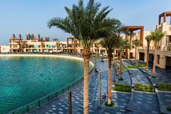 迪拜,阿拉伯联合酋长国- 2019年1月25日:在朱美拉棕榈岛的Pointe江边用餐和娱乐目的地 图库摄影