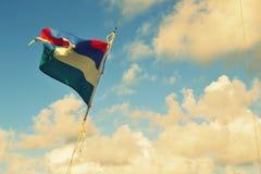 Pointe d'Esny, Îles Maurice Drapeau mauricien dans le ciel images libres de droits