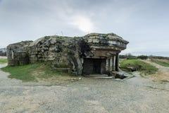 Pointe Du Hoc w Normandy, miejsce leśniczy inwazja podczas Wo obraz royalty free
