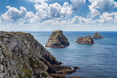 Pointe du Pluma-Hir en la península de Crozon, departamento de Finistere, Foto de archivo