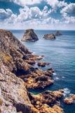 Pointe du Pluma-Hir en la península de Crozon, departamento de Finistere, Foto de archivo libre de regalías