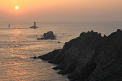Pointe du raz no por do sol Fotos de Stock Royalty Free