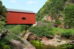 Pointe Wolfe River Covered Bridge Stockfotos