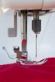 Pointeau d'un plan rapproché de machine à coudre Photo stock