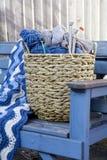 Pointeaux bleus de laines et de tricotage Image libre de droits