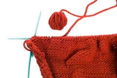 Pointeaux et bille de tricotage Photographie stock libre de droits