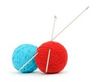 Pointeaux et filé de tricotage Photographie stock libre de droits