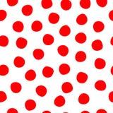 Points de polka tirés par la main rouges sur le fond sans couture blanc de vecteur Cercles rouges répétant le modèle Contexte mig illustration stock