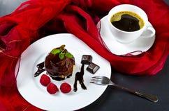Poire belle helene mit kaffetasse Stock Photo