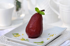 Poire en vin rouge Images stock