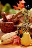 Poires et potirons d'automne Photographie stock