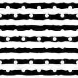 Pois monocromatico in bianco e nero e modello senza cuciture a strisce dei colpi orizzontali della spazzola Modello elegante per royalty illustrazione gratis