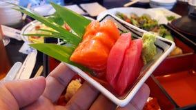 Poisson cru avec le wasabi Photos libres de droits