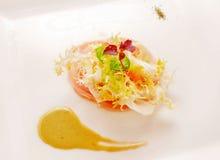 Poissons avec le repas gastronomique de salade Photo libre de droits