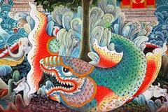 Poissons dans l'art thaï traditionnel photographie stock libre de droits