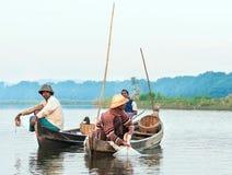 Poissons de crochet de pêcheurs Photos stock
