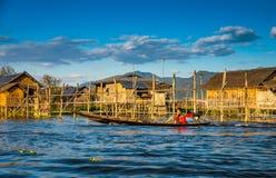 Poissons de crochet de pêcheurs Image stock