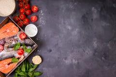 Poissons et fruits de mer assortis Photo stock