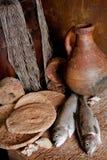 Poissons frais et pain Photos stock