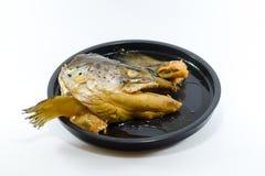 Poissons principaux japonais avec la sauce de soja douce sur le fond blanc Photographie stock libre de droits