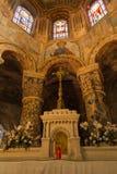 Poitiers, France - 12 septembre 2016 : À l'intérieur de l'église du St Photo stock