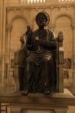 Poitiers Francja, Wrzesień, - 12, 2016: Wnętrze kościół Fotografia Royalty Free