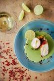 Poivre bourré et légumes de petit pain de Chiken images stock