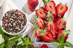 Poivre et fraise image stock